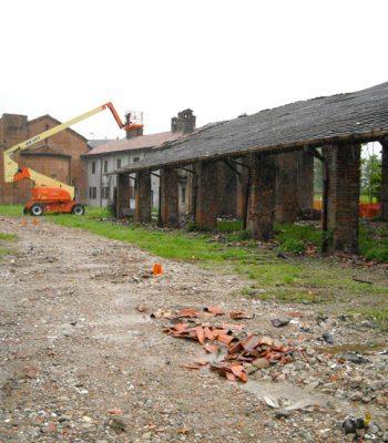 lavori per il recupero del portico, 2004