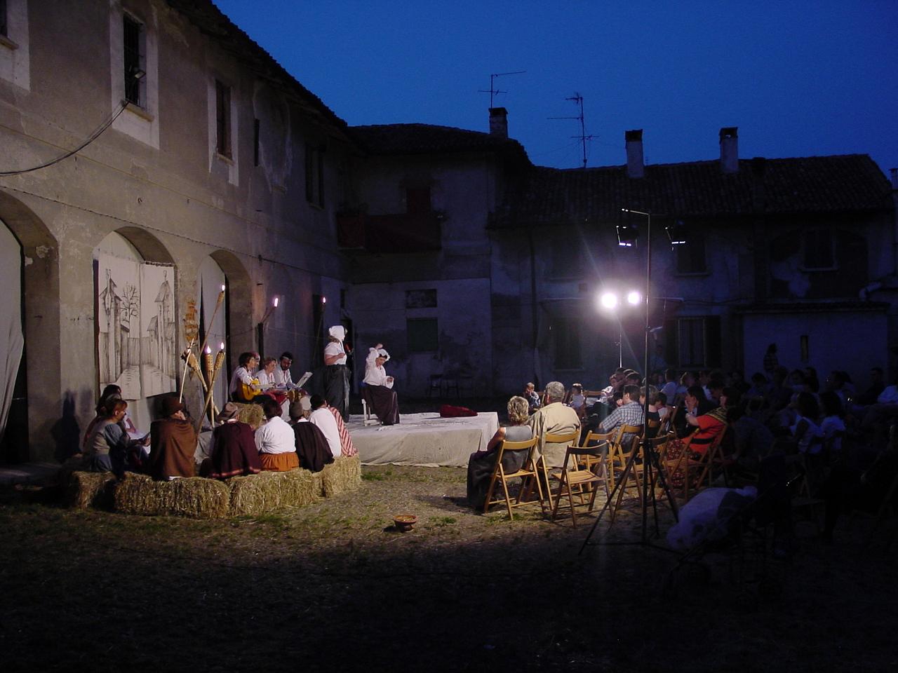 spettacolo in casccina Ronco San Donato Mil- se Milano